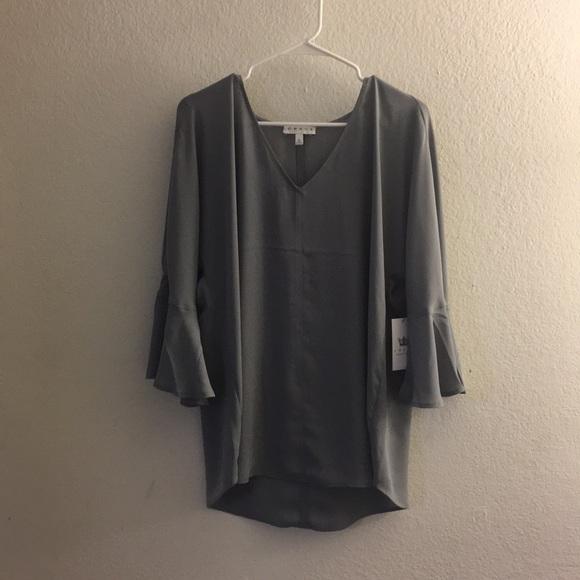 641ee4a24a1 NWT Grey Hi-Low Flutter Sleeve V Neck Blouse